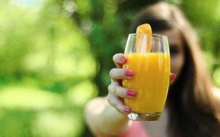 Boisson healthy : 10 recettes de jus de fruits et de légumes «bonne mine»
