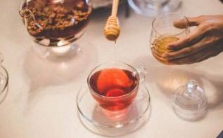 Par quoi remplacer le sucre dans son thé ou son café ?